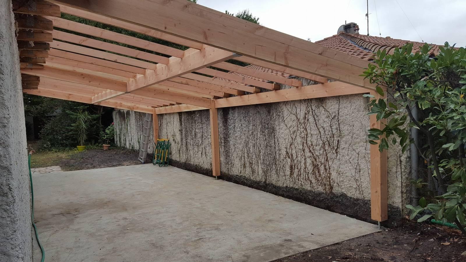 Carport en bois a castelnau de m doc jms couverture for Garage castelnau de medoc